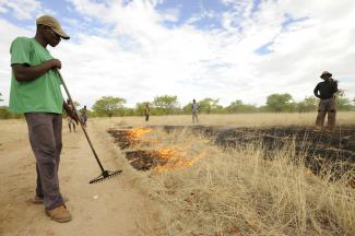 Controlled burning in Ehi-Rovipuka Conservancy